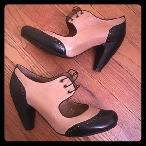 Miz Mooz tan and black heels